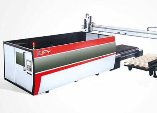如何解决激光切割机切割碳钢板有毛刺的问题?
